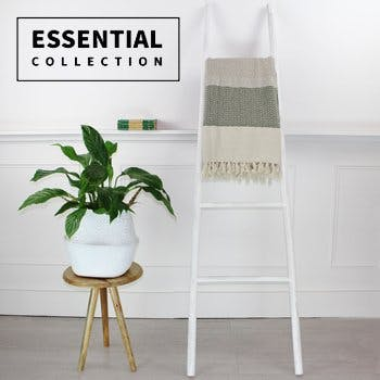 Essential Collection Square 1
